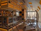 Gloss Bar Cafe, ресторан